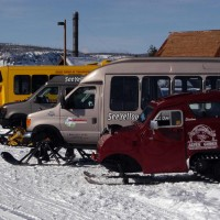 snow-coaches-ynp