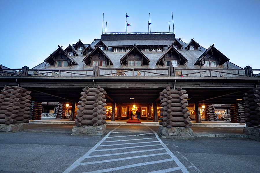 Old Faithful Inn entrance