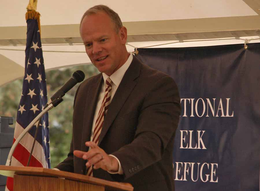 Wyoming Gov. Matt Mead speaks Saturday at the centennial celebration for the National Elk Refuge in Jackson, Wyo. (Yellowstone Gate/Ruffin Prevost - click to enlarge)