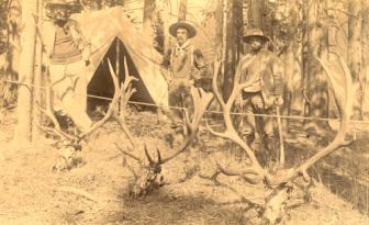 elk-skulls-loughry-c1889-pmb