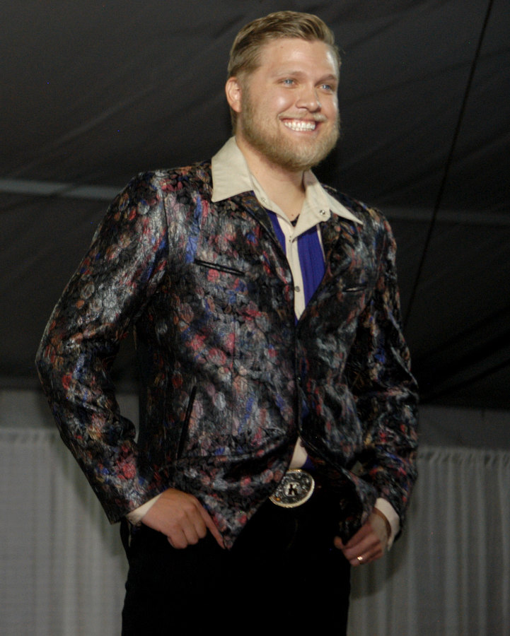 Cody High Style Fashion Show Focuses On Western Styles Yellowstone Gate