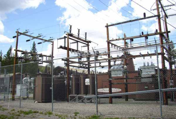 The National Park Service is seeking comments on a plan to upgrade eletrical power infrastructure in the park, including at power stations like this one at Lake.