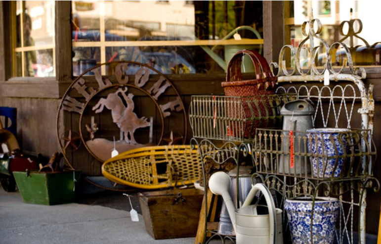 Charming small towns across Montana offer a variety of authentic shopping, dining and cultural experiences.